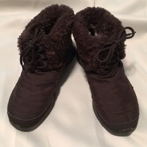Nike brown boots